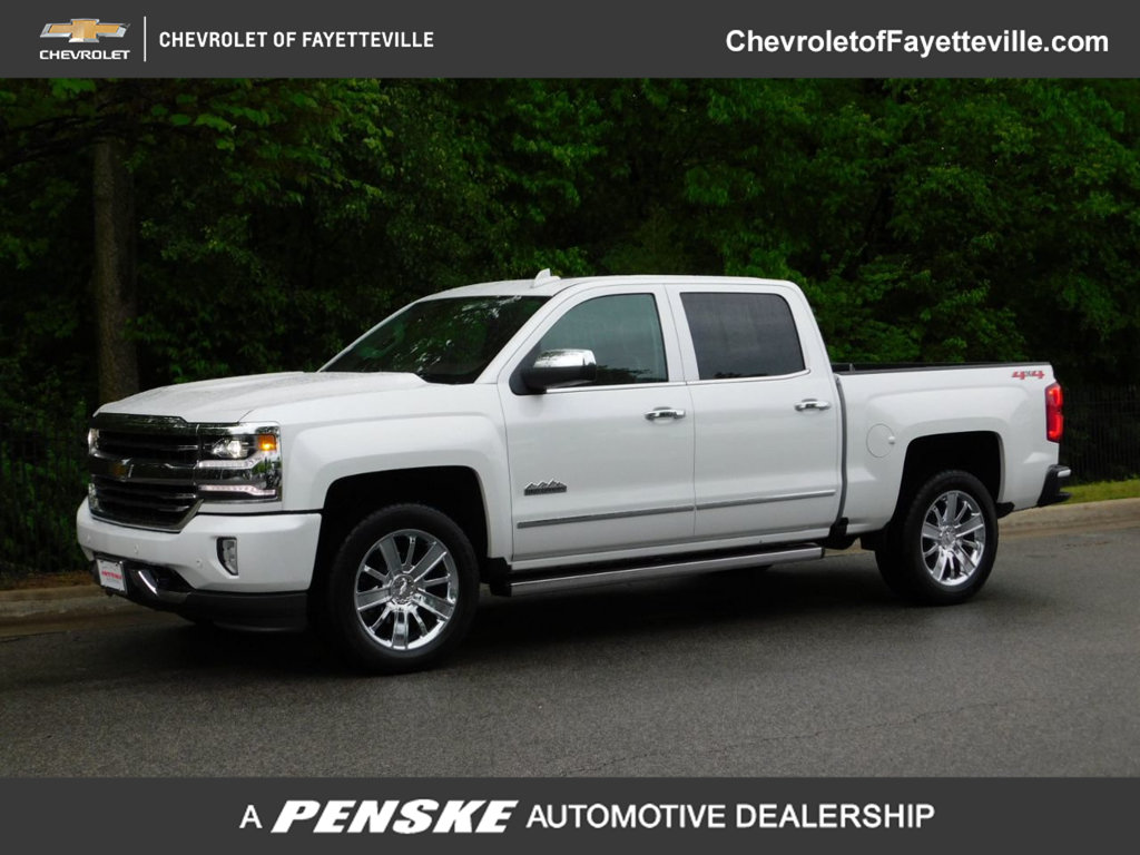 "Pre-Owned 2018 Chevrolet Silverado 1500 4WD Crew Cab 143.5"" High Country"