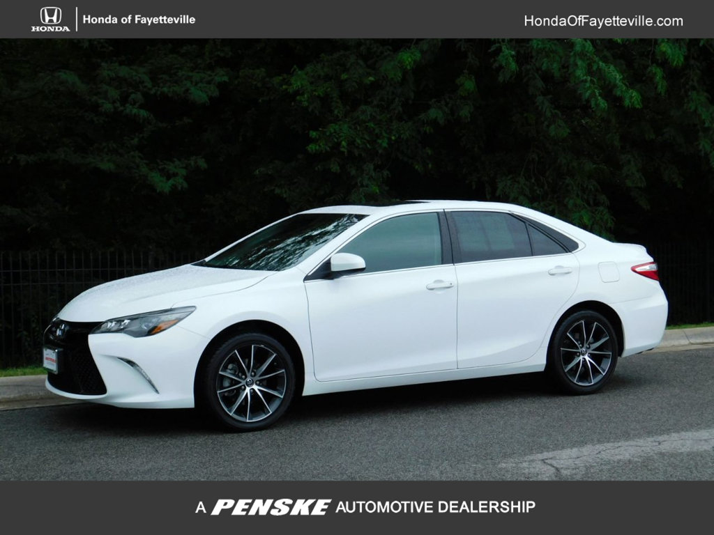 Pre-Owned 2017 Toyota Camry XSE V6 Automatic