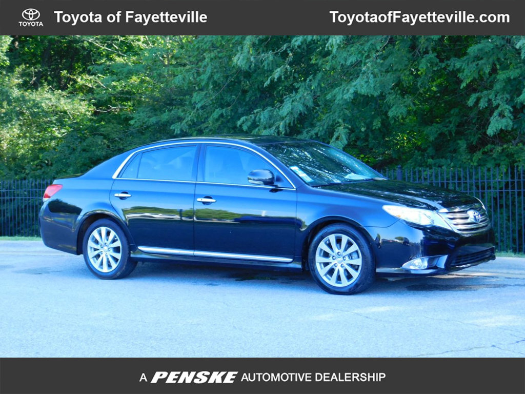 Pre-Owned 2011 Toyota Avalon 4dr Sedan Limited