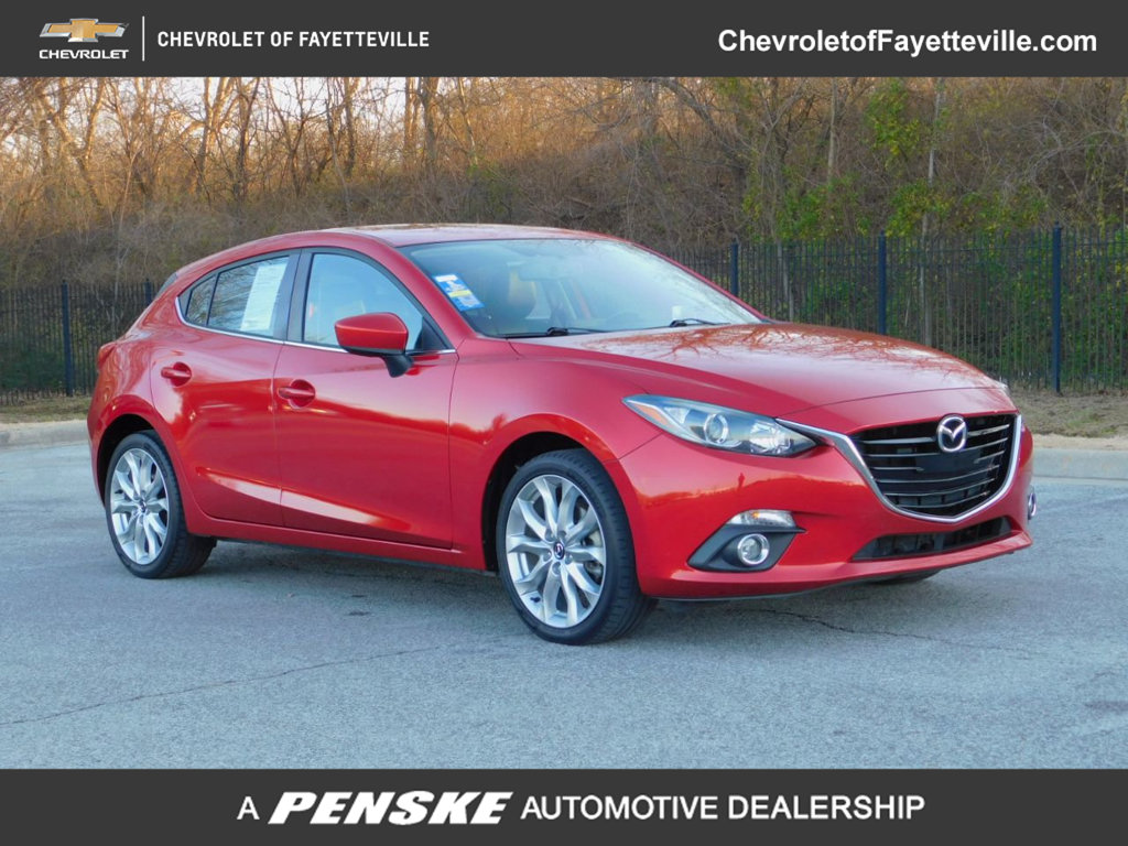 Pre-Owned 2016 Mazda3 5dr Hatchback Automatic s Touring