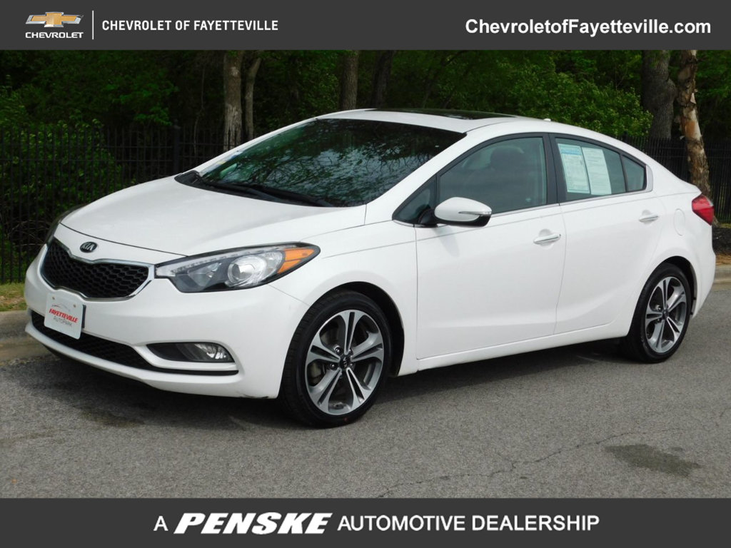 Pre-Owned 2016 Kia Forte 4dr Sedan Automatic EX