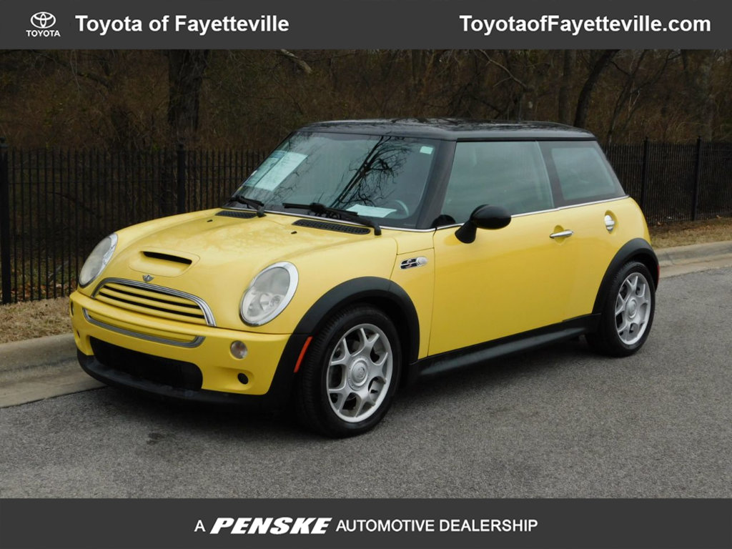 Pre-Owned 2003 MINI Cooper S Hardtop 2 Door