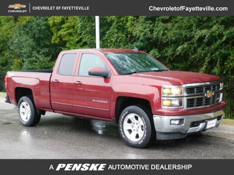 "Pre-Owned 2015 Chevrolet Silverado 1500 4WD Double Cab 143.5"" LT w/2LT"