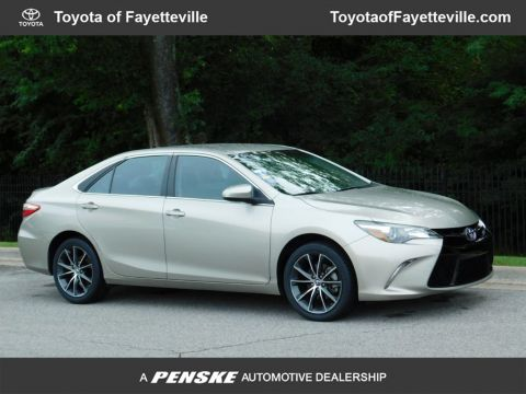 Pre-Owned 2016 Toyota Camry 4dr Sedan I4 Automatic XSE
