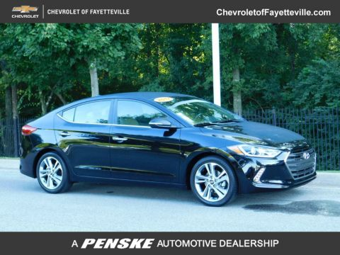 Pre-Owned 2017 Hyundai Elantra Limited 2.0L Automatic